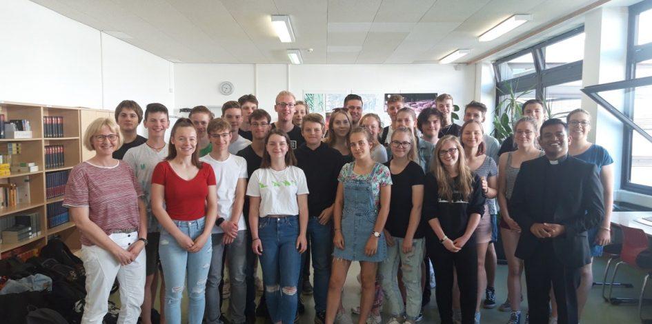 Besuch von Pfarrer Regamy aus Köln